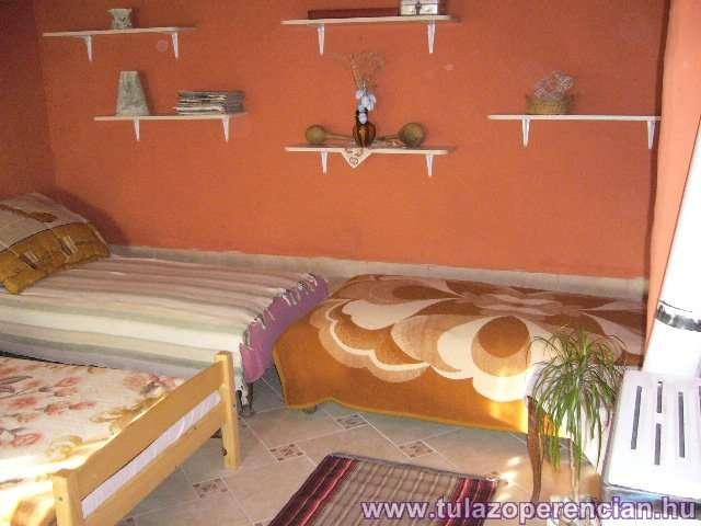Narancssárga szoba